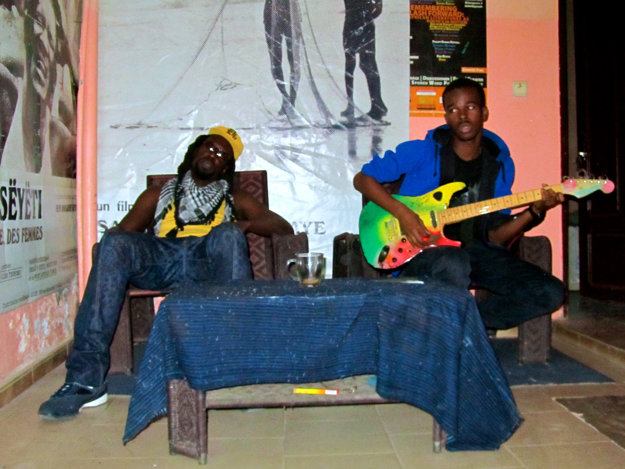 Mo and local singer-songwriter at Bois Sakre studio